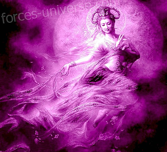Master Kuan Yin.  Pag-channeling ng Luciana Frieresi.