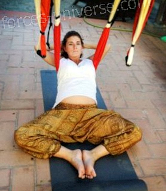 """Aeroyoga Pregnancy """"Artistic Method of Personal Growth"""""""